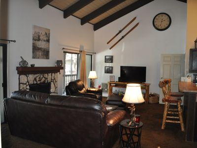 Photo for Three Bedroom Condo In The Pines ~ Next Door To Pinetop Country Club