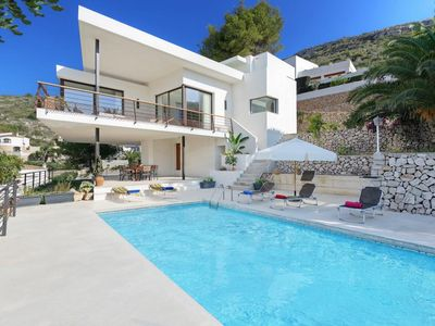 Photo for 3 bedroom Villa, sleeps 6 in Rada de Moraira with Pool, Air Con and WiFi