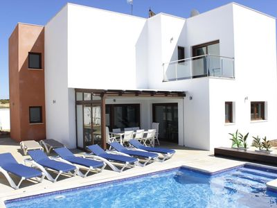 Photo for Casa Vadebero - Luxury villa with private pool and sea views, close to town and beach