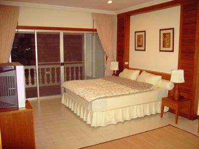 Photo for 2 pieces apartment in pretty wooded and very quiet residence