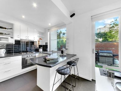 Photo for 1 bedroom Beach Haven St Kilda