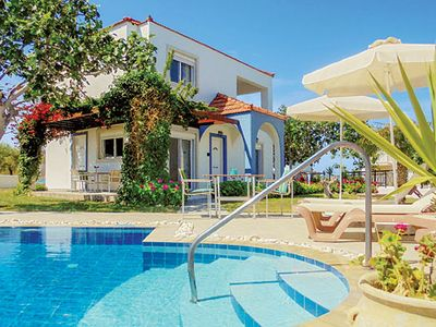 Photo for A 'get away from it all' villa in a traditional villa setting, great for relaxation or exploration