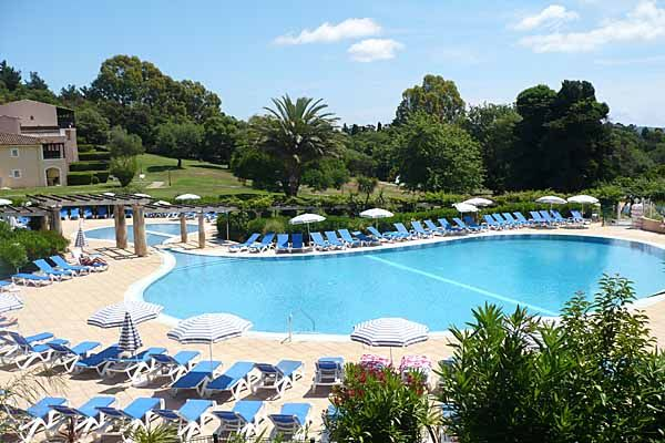 Piece The Park Grimaud Pierre Vacances Pool Beach Port - Port grimaud location