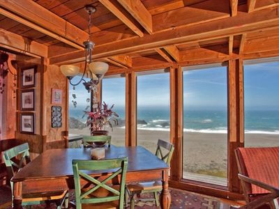 Your Oceanfront Experience - Hot Tub - Lovely Fenced Courtyard