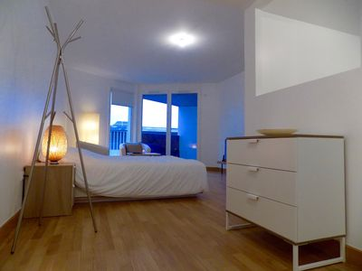 Photo for Issy - Porte de Versailles / Beautiful apartment with balcony and parking space