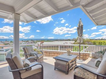 Imagine waking up and taking in your morning coffee from this patio that overlooks CdM and gives you views all the way to Catalina Island.