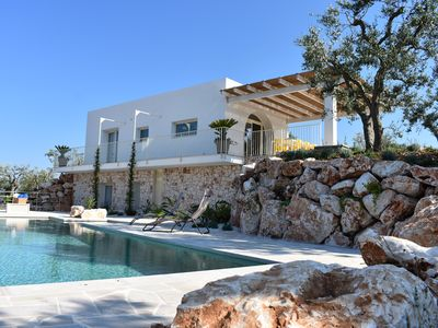 Photo for Villa for 4 with private pool & resplendent Views