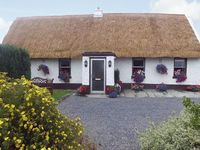 We loved our stay in this delightful thatched cottage.