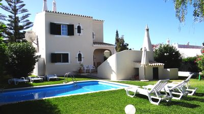 Photo for Beautiful refurbished 4 bedroom villa with heated pool, near Old Village