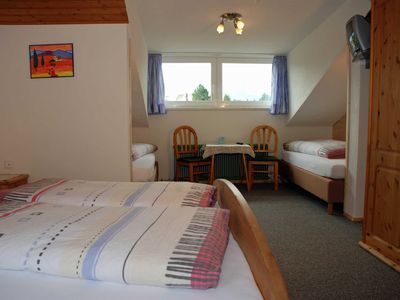 Photo for Room with 2 extra beds ZF - B & B Appartements GLUNGEZER in Tulfes near INNSBRUCK