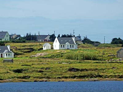 Photo for Detached cottage, completed in traditional style, in fine location right beside Braade Strand…