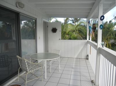 Feel like old Hawaii on your comfortable lanai with mountain view.