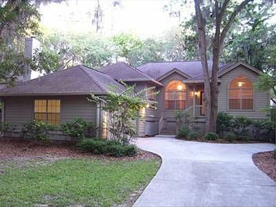 Photo for Close to Beach in a Quiet Neighborhood. Pet Friendly. 3 BR 2.5 Bath House/Garage
