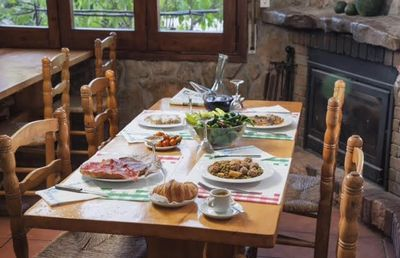 Photo for Self catering L'esquirol de L'esquirol for 6 people