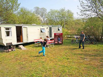 Markgrafenheide: Holyday for the large family in a mobile home
