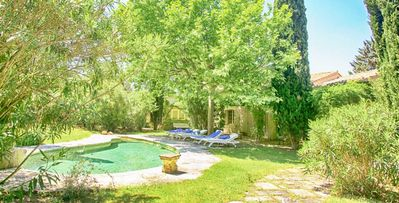 Photo for Boulbon- 6 bd villa with studio and pool in Provence