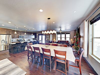 Dining Area - The impressive dining area seats 10 to family-style feasts.
