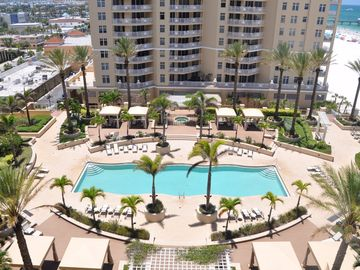 Exclusive SandPearl Residence Luxury Vacation Condo in Clearwater Beach!