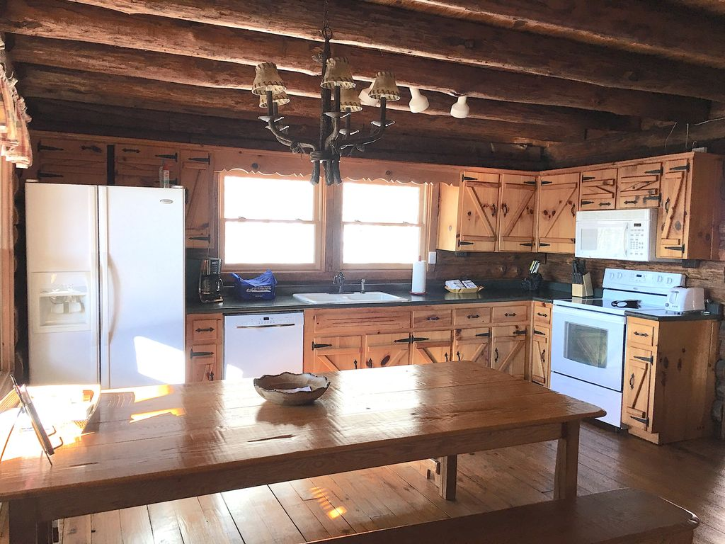5 star reviews log cabin hot tub fire pit great views for Log cabin with hot tub one night stay