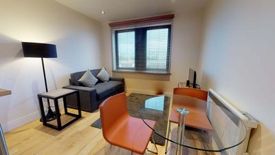 Photo for Stylish Oxford one bed apartment Nomad Suite #12