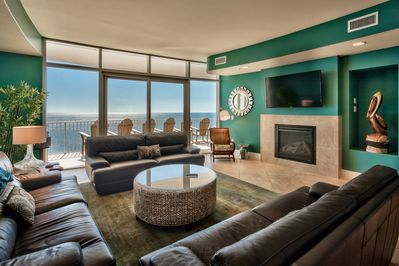 spacious with leather, cozy gas fireplace, 60 inch wi-fi TV in living rm, views!