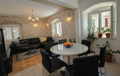 Photo for Spacious 90 m2 apt next to the sea in the very center
