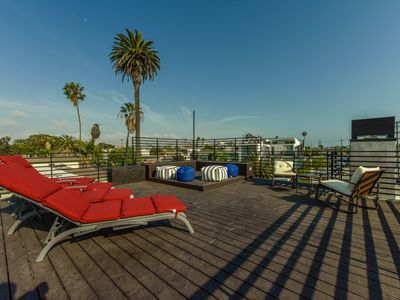 Photo for Luxurious Venice 2/2 +Rooftop Deck +Custom Wall Tile Mosaics