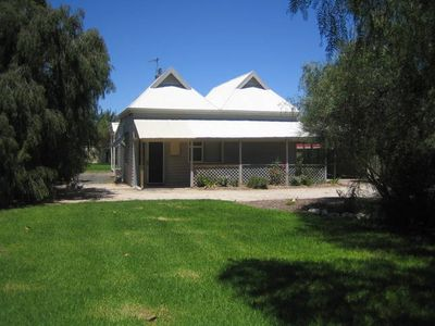 Photo for Showgrounds Cottage B&B Naracoorte