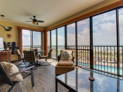 Photo for Oceanview condo with shared pools, hot tubs, saunas, and great views!