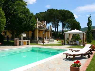 Photo for Villa Lucia in Arezzo Area, Tuscany