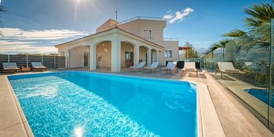 Photo for Οne of the few villas close to the center of Chania with private swimming pool.