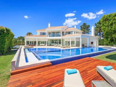 Photo for FIVE STAR DELUXE 4 BEDROOM VILLA. BUILT TO THE HIGHEST SPECIFICATIONS IN QUINTA DO LAGO ES82