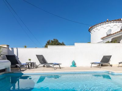 Photo for Vacation home Sunhouse in Empuriabrava - 6 persons, 3 bedrooms