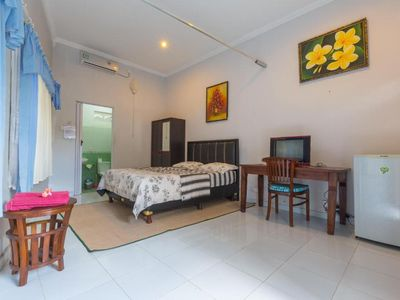 Photo for (STD) Good for Budget Traveler + Long Stay Guest!10 Mins to Beach!  Inquire Now!