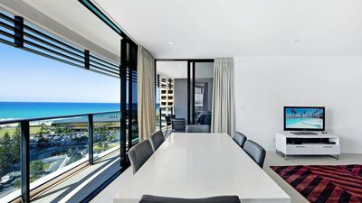 Photo for Oracle Resort Luxe Private 2 Bed - Tower 1