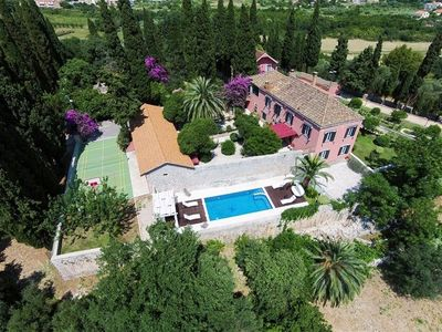 Photo for ctdu309 - Breathtaking baroque-style countryside villa with a private pool in the outskirts of Dubrovnik