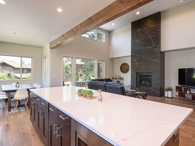 Photo for Brand New! 5BR/3.5BA, 2922 sq ft, Sleeps 12, Hot Tub, Steps to Deschutes River