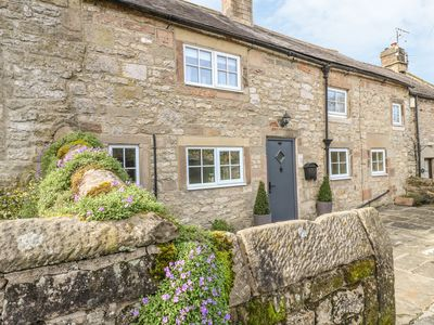 Photo for DAISY COTTAGE, family friendly, with open fire in Winster, Ref 21953