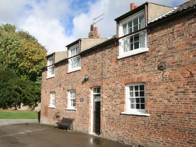 Photo for 3 bedroom accommodation in North Dalton, Driffield