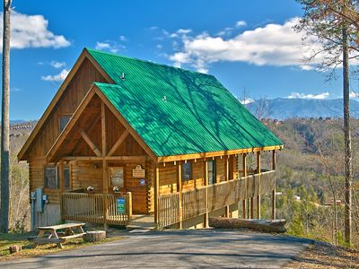 Photo for 4 bedroom cabin near Dollywood with great mountain views   #405