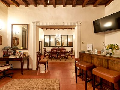 Photo for Jewel in Center of Florence-Duomo, Ponte Vecchio-One level, AC, WiFi
