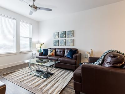 Photo for City View Trinity Groves 1Bed Corporate Apartment