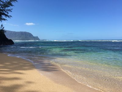 Walk to Hideaway Beach from the Aloha House