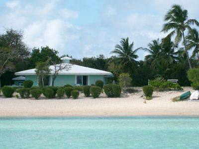 The Barefoot Beach house...a tranquil setting right on a sandy beach.....