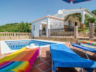 Photo for Beautiful Country house with stunning views a few minutes from Frigiliana