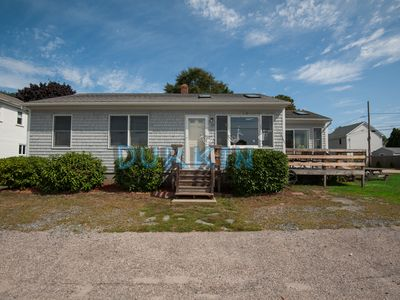Photo for Cozy Ranch, Central Air Conditioning, Close to Beach, Ocean Views