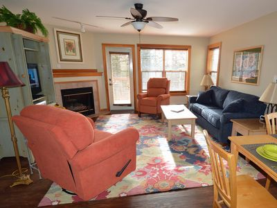 Photo for 2 Bedrooms, 2.5 Baths: Ski In / Ski Out, Gas Fireplace, Camp 4 Hot Tub.  MASTER Bedroom: Pillowtop K