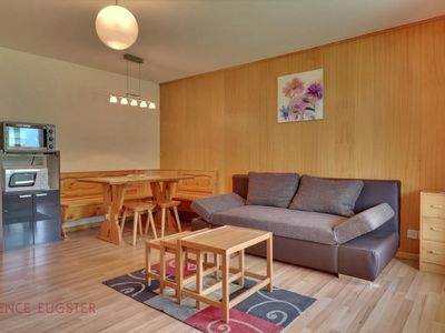 Photo for Nice apartment ideally located on the 1st floor of a building in the center of Verbier.  Compositi