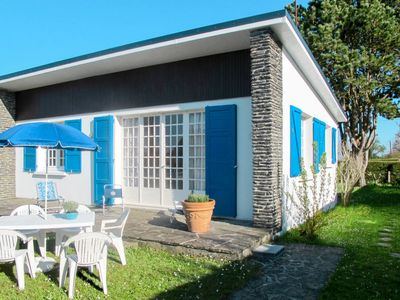Photo for Vacation home L'oiseau Bleu (ACV401) in Agon-Coutainville - 4 persons, 2 bedrooms