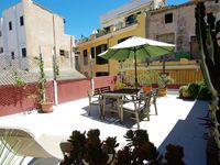 Fantastic property, ideal situation for exploring Palma . All eminities provided